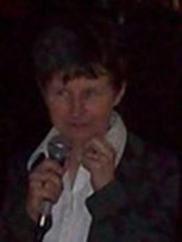 """ELŻBIETA SIERADZIŃSKA -dyrektorka Miejskiej Biblioteki Publicznej 27 marca 2014r. """"Papieski AVinion - perła Prowansali"""""""