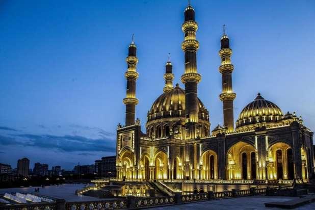 مسجد باكو