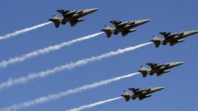 انڈین جہاز 3 منٹ میں پسپا ہو کر بھاگ گئے: وزیر خارجہ شاہ محمود قریشی