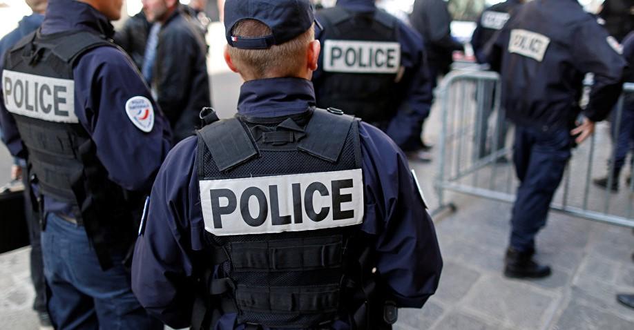 فرانسیسی دارالحکومت پیرس کے پولیس ہیڈ کوارٹر میں چاقو بردار شخص نے حملہ کردیا جس کے نتیجے میں 4 پولیس اہلکار ہلاک ہوگئے