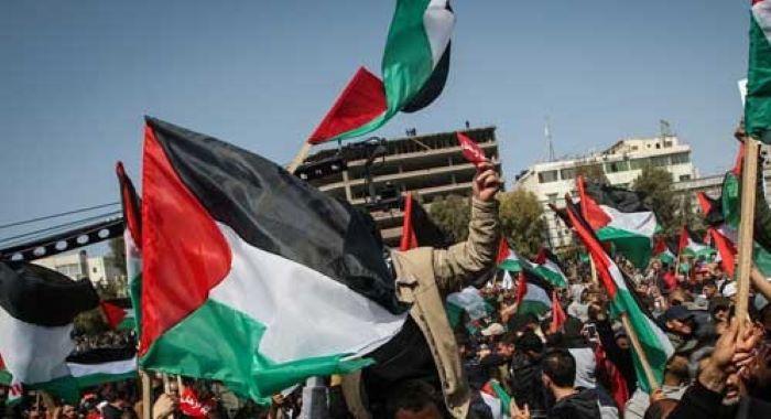 اسرائیل کے غربِ اردن کو ہڑپ کرنے کے گھناونے منصوبے کے خلاف فلسطینیوں کا احتجاج جاری