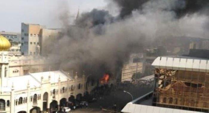 ڈربن کی تاریخی مسجد میں خوف ناک آتش زدگی