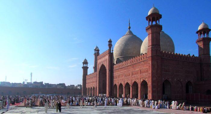 عیدالفطر پر عوام کو 6 روز کی چھٹیاں دینے کا اعلان