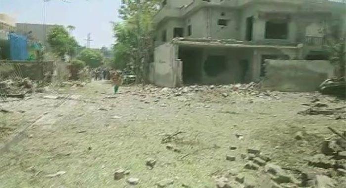 لاہور : جوہر ٹاؤن میں دھماکہ  3 افراد جاں بحق، ایک پولیس اہلکار سمیت 24 زخمی