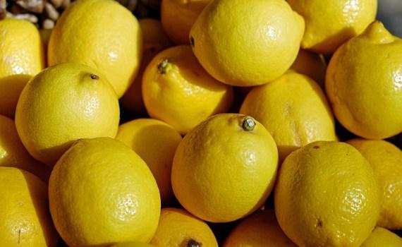 العناصر الغذائية في الليمون, السعرات الحرارية - الكربوهيدرات - العناصر الغذائية في الليمون