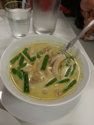 Green curry chicken.