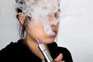 Teen e-cigarette use