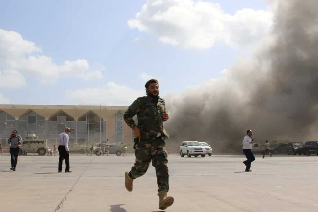 وجد فريق الأمم المتحدة أن الحوثيين شنوا هجومًا على مطار عدن أسفر عن مقتل 22 شخصًا