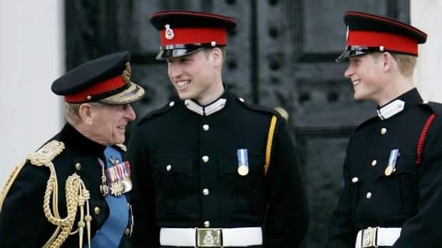 الأمراء ويليام ، هاري لن يسير في انسجام تام في جنازة الأمير فيليب