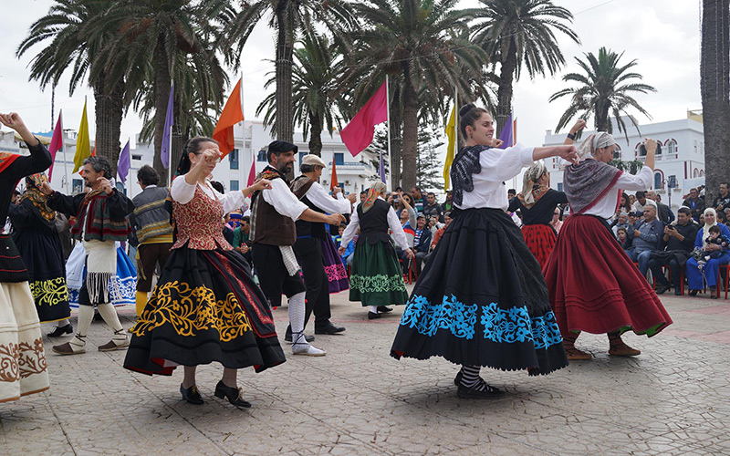 سفيرتي بلغاريا وباناما تفتتحان مهرجان تلاقح الثقافات بالعرائش