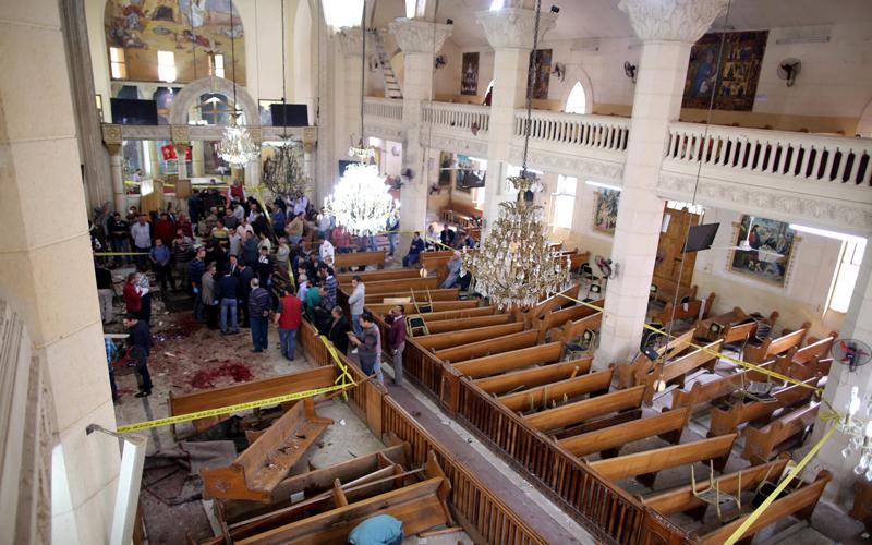 25 قتيلا في إنفجار إرهابي يهز كنيسة في مدينة طنطا بمصر