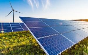 """في عمق 'كلميم واد نون'.. هذه تفاصيل مشروع """"Xlinks Morocco-UK"""" لتوليد الكهرباء عبر الطاقة"""