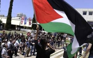 بالفيديو ..مشاهد مؤلمة من تخليد الفلسطينيين لذكرى يوم النكبة