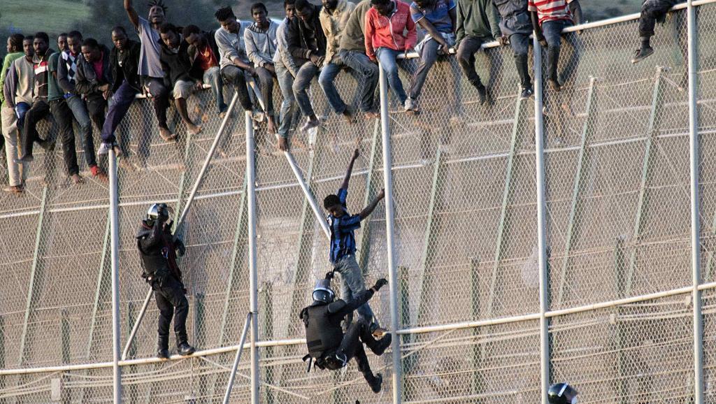 السلطات الاسبانية: أكثر من 50 مهاجرا من جنوب الصحراء يقتحمون ثغر مليلية