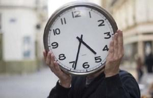 تذكير هام. هذا تاريخ عودة المغرب للعمل بالساعة الصيفية (GMT+1)