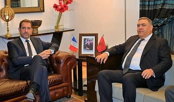 بالصور.. وزير داخلية فرنسا 'فرحان' بالمغرب، يلاقي لفتيت ومُنتَشي بأجواء العشاء