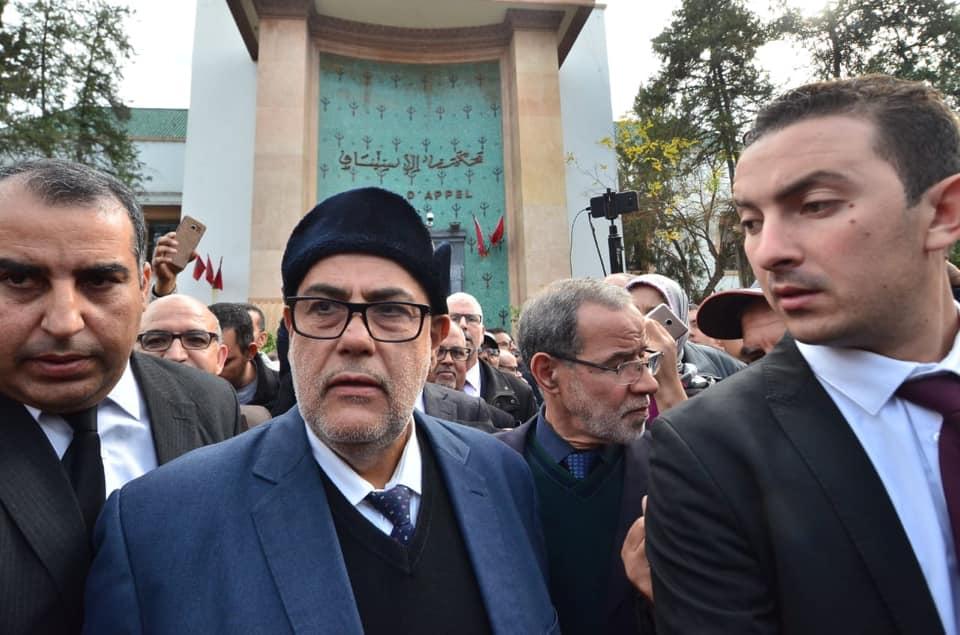 الهيني يطالب وزارة الداخلية بتجريد بنكيران من سيارة الدولة وحراسه الأمنيين