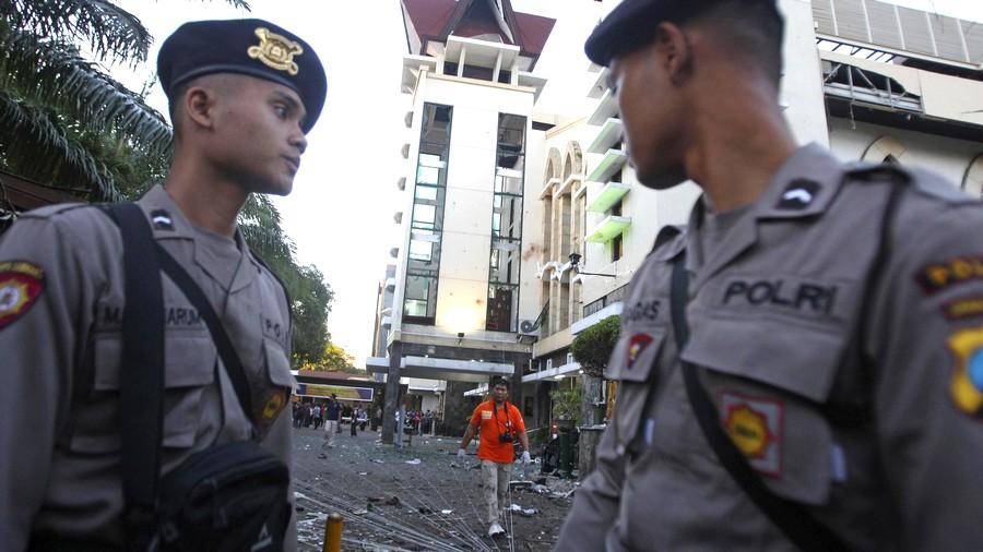 تخوّفاً من أعمال إرهابية. واشنطن تحذرالأمريكان من المناطق المزدحمة بإندونيسيا