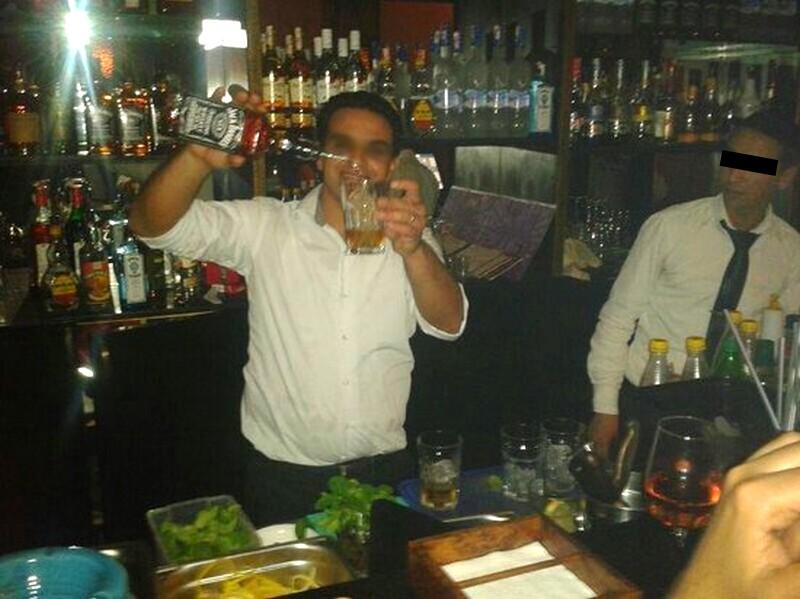 صفرو. السجن لمُسيّر حانة وتاجر كحول بتهمة: 'بيع الخمور للمغاربة المسلمين'!