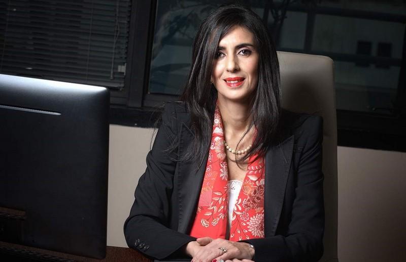 نادية فتاح العلوي.. من إدارة 'ساهام' العالمية إلى تسيير 04 قطاعات وزارية ثقيلة