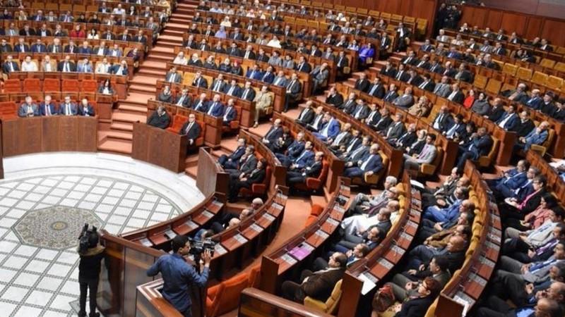 دورة استثنائية للبرلمان تستنفر الحكومة.. والعثماني يجمع وزراءه في لقاء عاجل