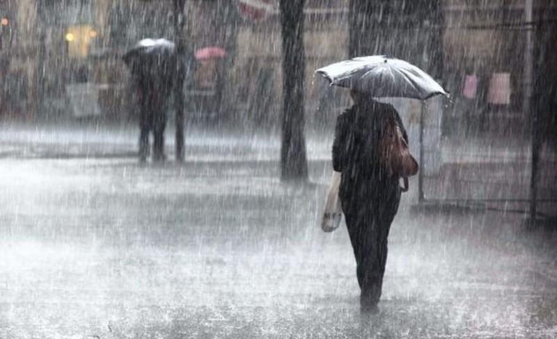نشرة إنذارية: أمطار قوية و'تبروري' ورياح عاتية اليوم وغدًا بهذه المناطق