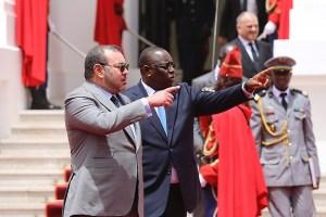 رئيس السنغال يحل بالمغرب. ويعتبر: الملك محمد السادس بطلا للوحدة الافريقية