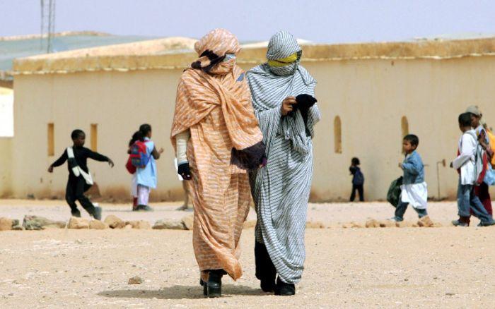 الجزائر في ورطة.. الانتهاكات الإنسانية بتندوف تصل المجتمع الدولي من جنيف
