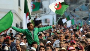 رئاسيات الجزائر.. إنتهاء فترة الحملات الانتخابية وسط رفض شعبي واسع