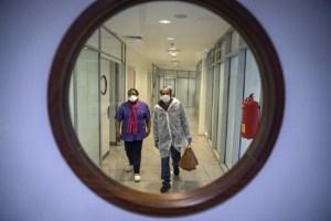 مسؤول في الصحة: السيدة المغربية المصابة بفيروس كورونا حالتها حرجة