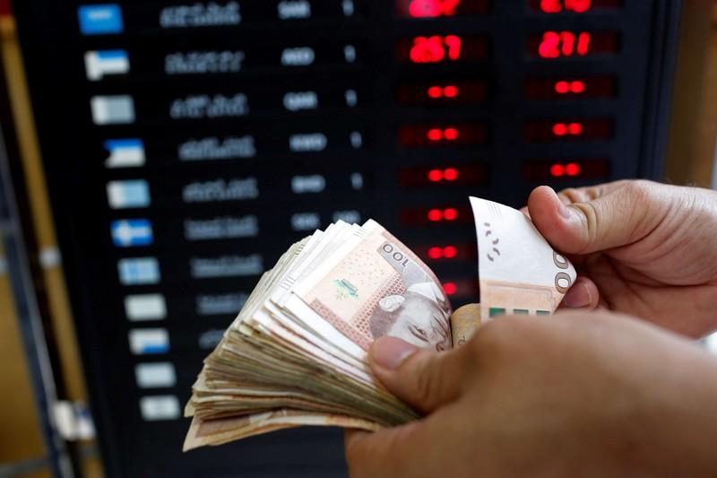 الاحتياطات من العملة الصعبة بالمغرب تتجاوز 320 مليار درهم خلال عام كورونا