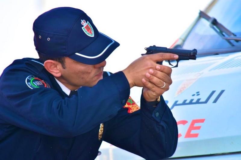 """""""كازا"""". شرطي يشهر """"الفردي"""" لتوقيف عشريني هدّد الناس بالسلاح الأبيض"""