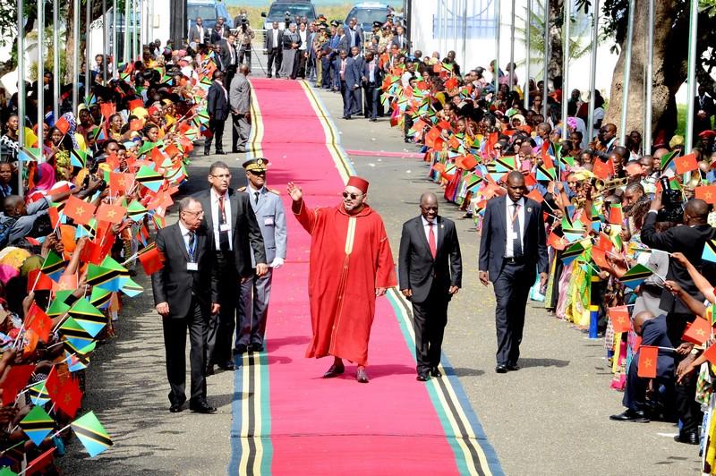 """""""كيف تمكنت المملكة من بناء ريادتها الإفريقية"""".. صحيفة فرنسية تتقفى نجاح الدبلوماسية المغربية"""