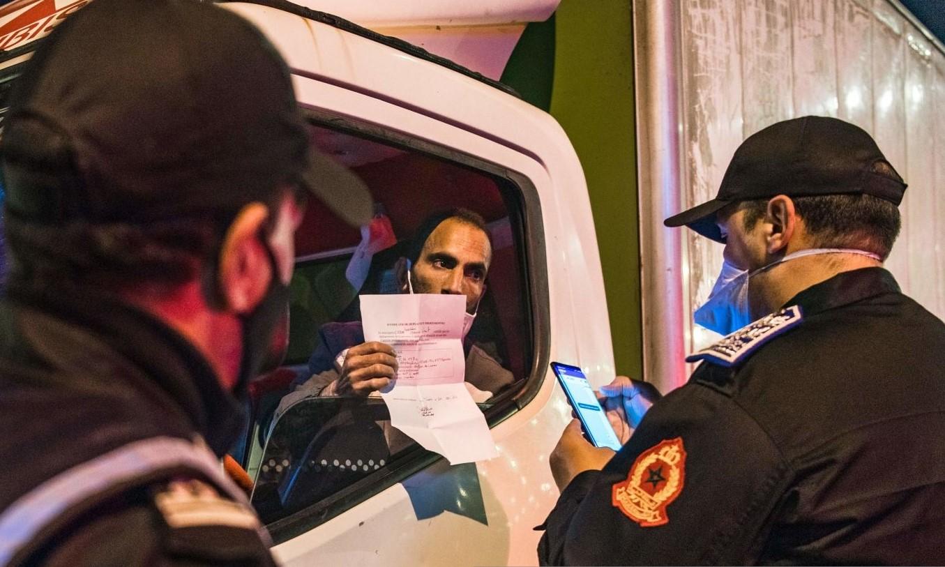 مغاربة غاضبون من فرض الطوارئ الجديدة رغم تراجع الإصابات اليومية بكورونا
