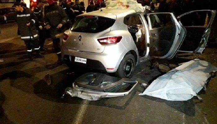 حادثة سير مروعة تقتل سائقاً وراجلاً وتصيب 3 آخرين بكلميم