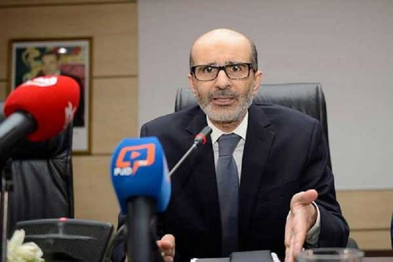 """المغاربة يردون على الأزمي بموجة سخرية عارمة من """"بيليكي"""" و""""ديبشخي"""""""