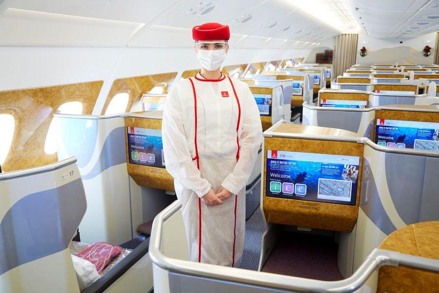 """طيران الإمارات تنال لقب """"الناقلة الأعلى أمانا"""" خلال جائحة كوفيد-19"""