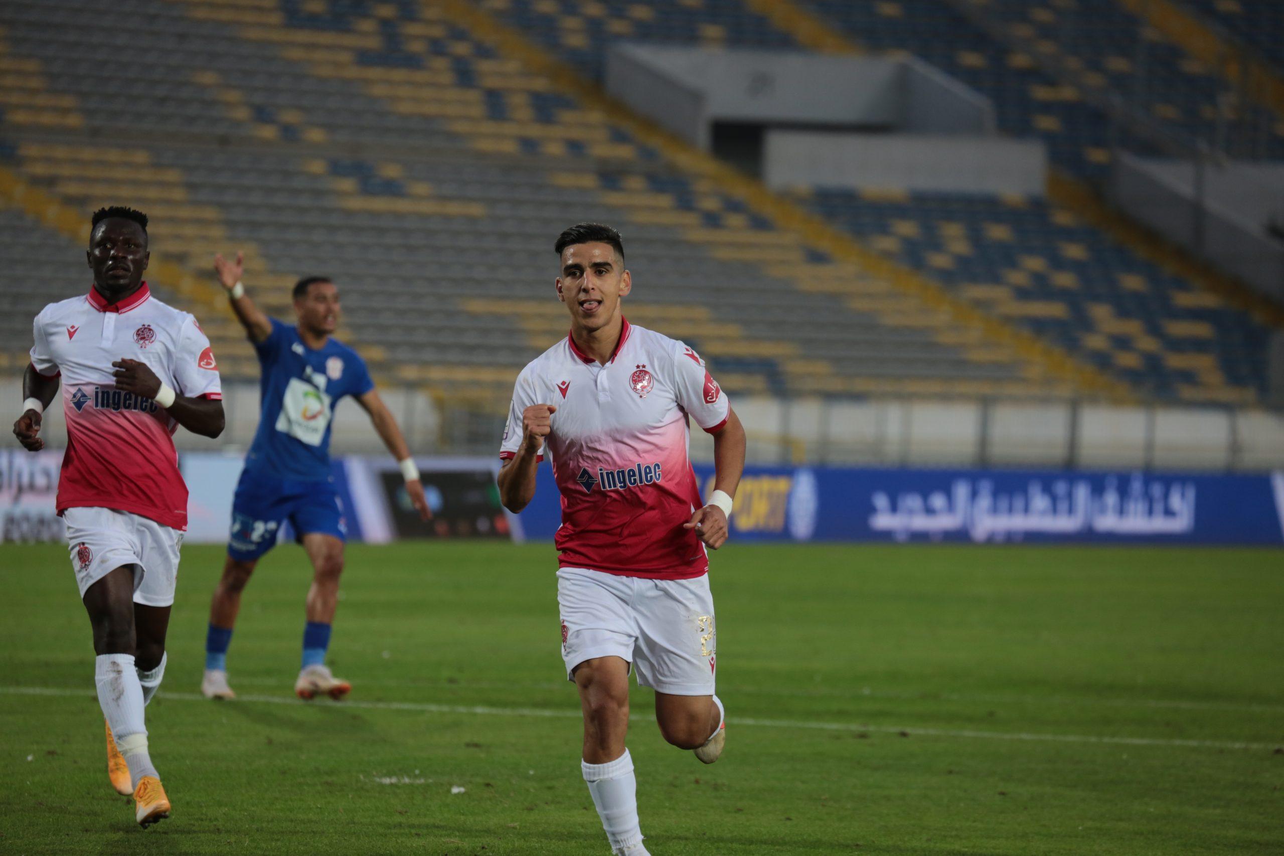 الوداد يفوز على حسنية أكادير برسم الجولة الرابعة من البطولة الإحترافية