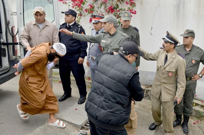 امتنع عن الطعام لأسابيع بحجة أنه 'كفر'.. وفاة معتقل 'إرهابي' بسجن سلا