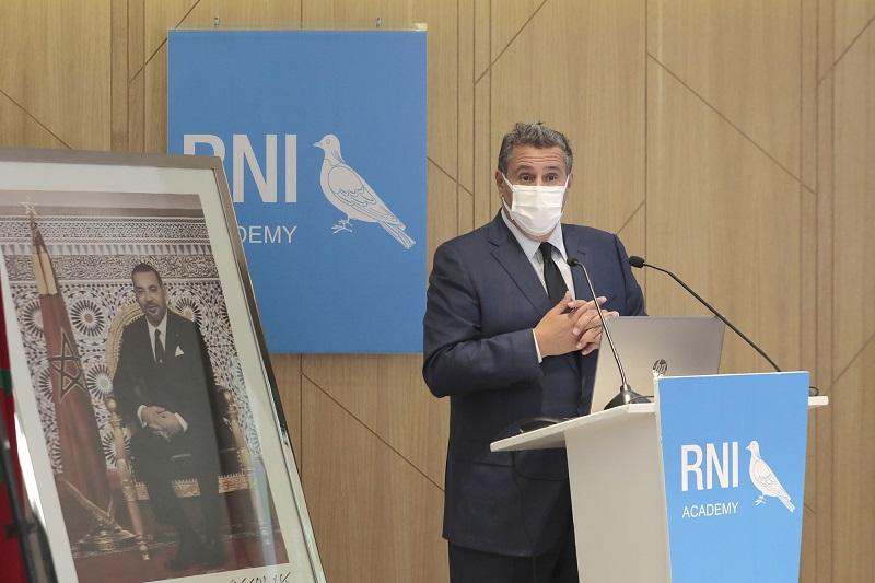 """""""الأحرار"""" يتدارس التطورات السياسية بالمغرب ويناقش الآثار السلبية لكورونا على الاقتصاد"""