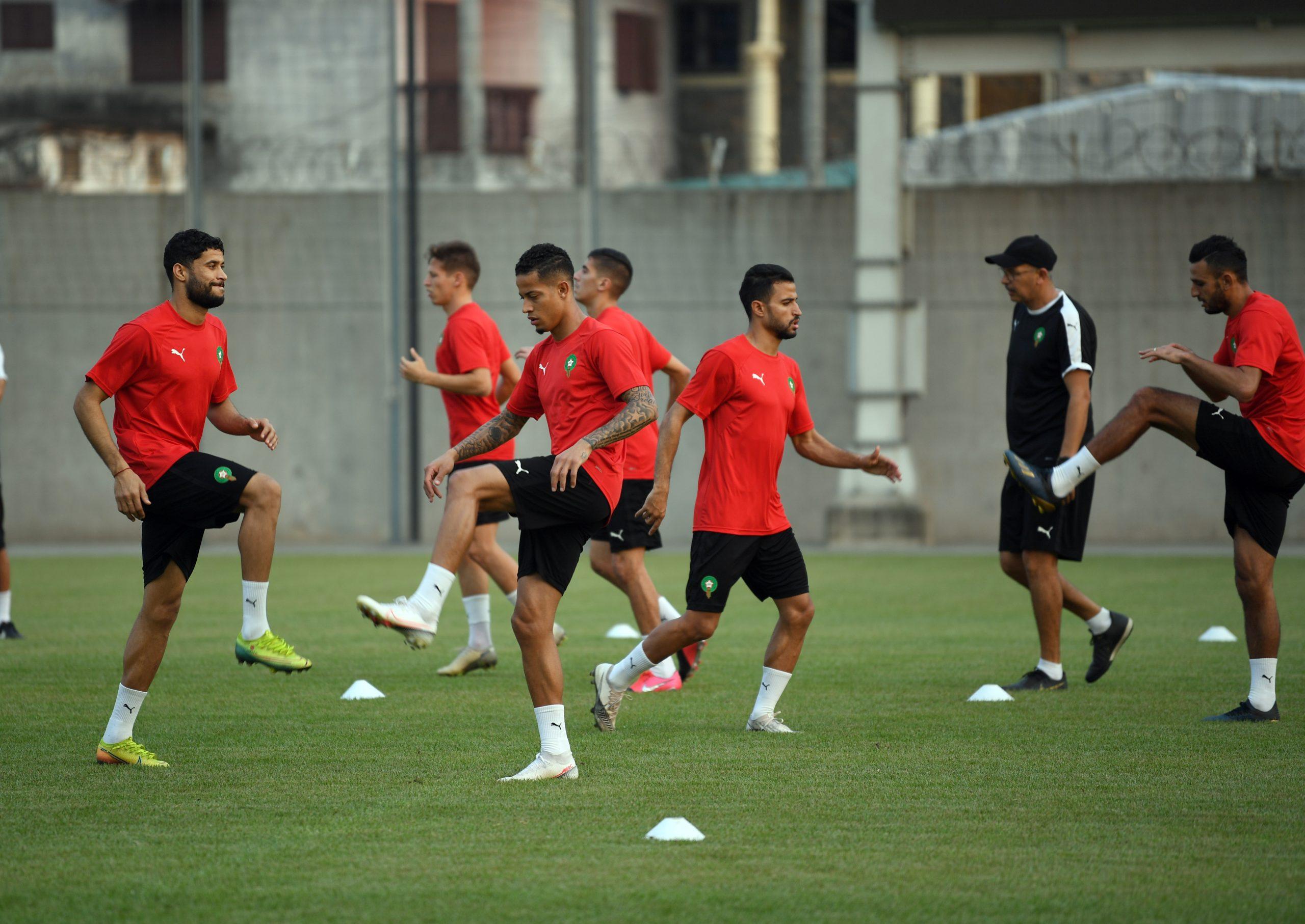 """""""الكاف"""" يصنف المنتخب المغربي ضمن المرشحين فوق العادة للفوز بكأس إفريقيا"""