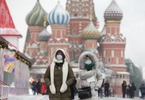 لأول مرة منذ 3 أشهر.. روسيا تسجل أقل حصيلة يومية من المصابين بكورونا