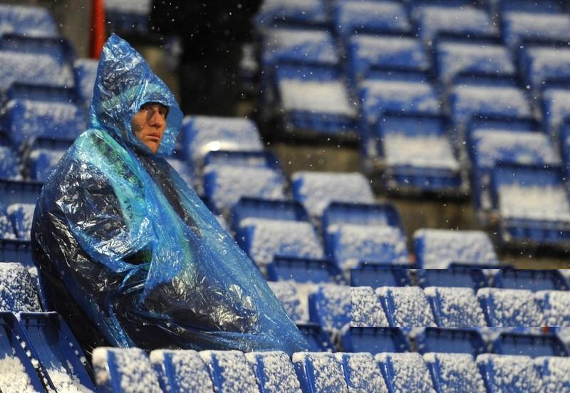 الثلوج وتقلبات الطقس بإسبانيا تؤجل مباراة ريال مدريد