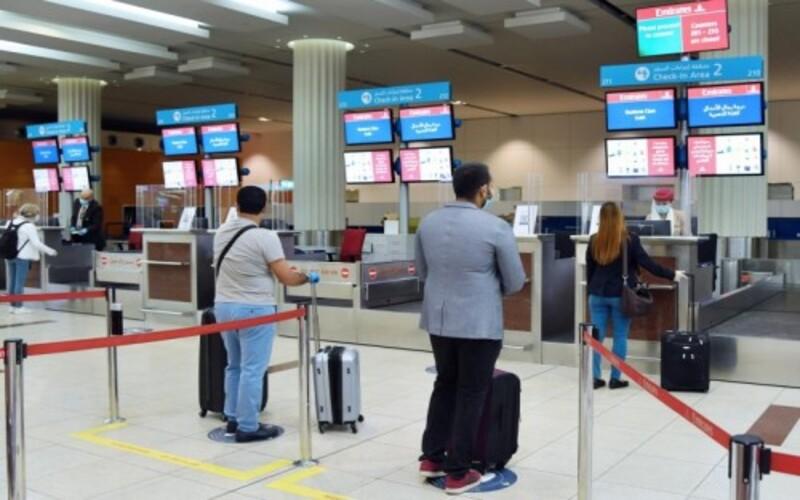 """طيران الإمارات تطبق التحقيق الرقمي للسجلات الطبية """"كوفيد-19"""""""