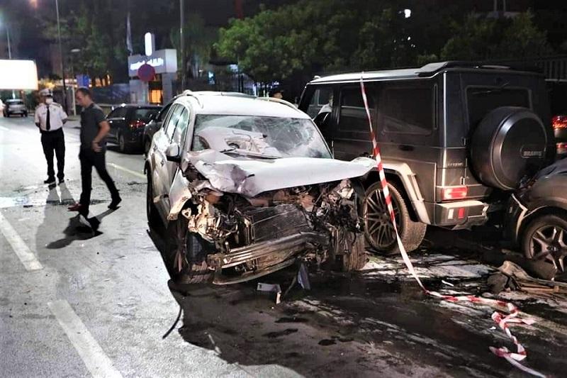 سيارة تخترق بلاطو تصوير كليب لـ'البيغ' و'أمينوكس' وتسفر عن قتلى وجرحى
