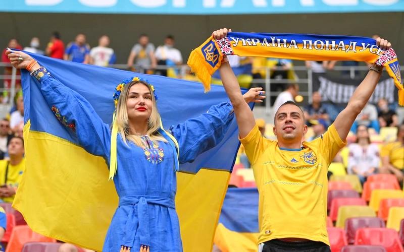وسط قلق لمنظمة الصحة.. أكثر من 60 ألف متفرج سيحضرون مباريات المربع الذهبي لـ'يورو 2020′
