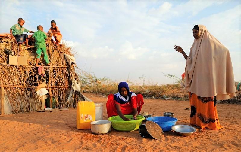 'فيروس الجوع يتكاثر'.. وفاة 11 شخصاً من الجوع كل دقيقة مقابل 7 بسبب كورونا