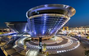 استطلاع 'إكسبو 2020 دبي': العالم بحاجة إلى التعاون أكثر لمواجهة التحديات الكبرى