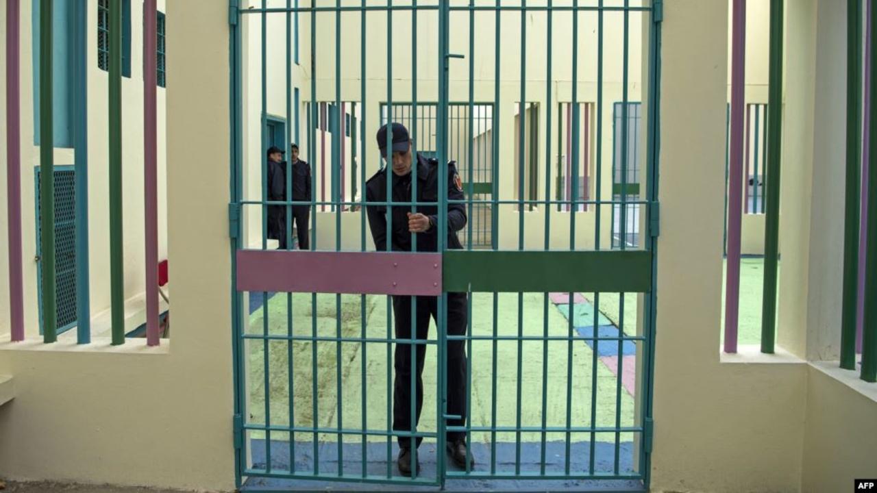 السجون تكذب تقارير فرنسية عن سوء معاملة فنان جزائري ـ فرنسي بسجن الأوداية