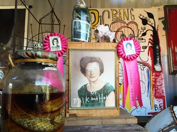 Butch Anthony's Drive Thru Museum makes his art easily accessible. (Anne Kristoff/Alabama NewsCenter)